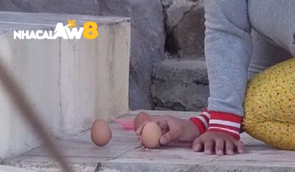 cách xin số ông địa bằng trứng gà